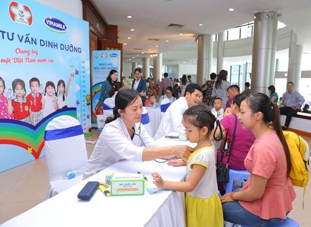 Đà Nẵng hưởng ứng 20 năm ngày sữa học đường thế giới với nhiều hoạt động thú vị cho trẻ em - 1