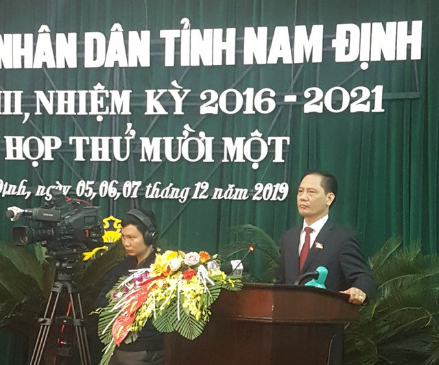 Nam Định: Quà cho gia đình chính sách kém chất lượng, đại biểu chất vấn lãnh đạo ngành chức năng