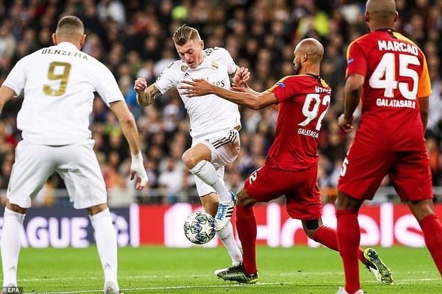 Đại thắng Galatasaray 6-0, Real Madrid cầm chắc tấm vé đi tiếp - 9