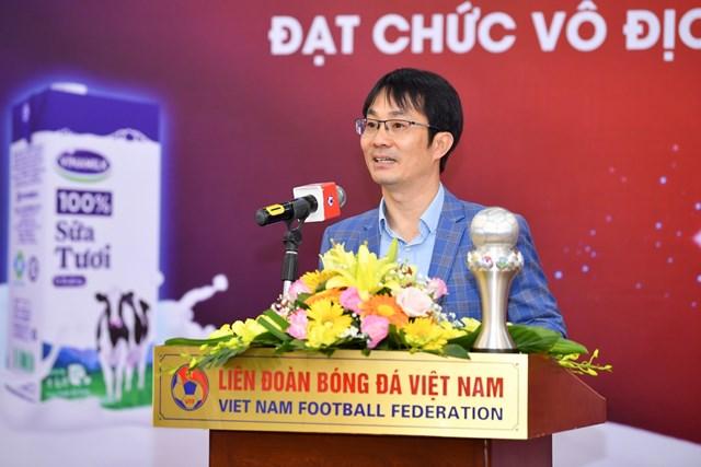 Vinamilk trao thưởng chúc mừng Đội tuyển bóng đá nữ quốc gia vô địch Đông Nam Á 2019 - 2