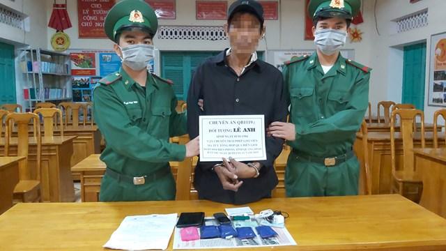 Quảng Bình: Bắt giữ đối tượng vận chuyển 1.200 viên ma túy