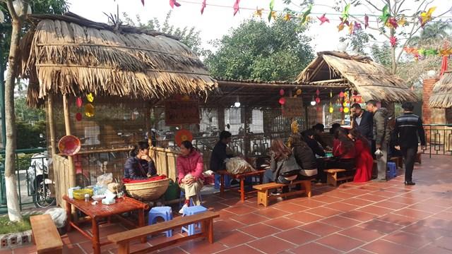 Nam Định: Tái hiện chợ Tết xưa cổ truyền - 1