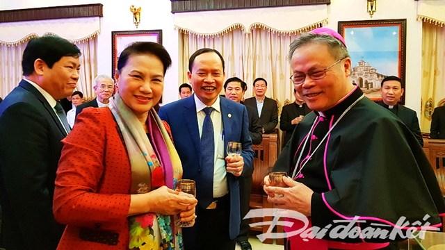 Đồng bào Công giáo góp phần không nhỏ vào thành tựu chung của cả nước