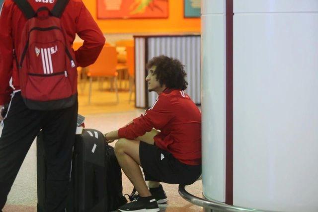 Đội tuyển UAE có mặt tại Hà Nội lúc nửa đêm, nhiều cầu thủ ngái ngủ - 1