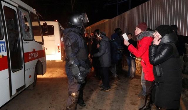 Bộ trưởng Ukraine tự nguyện vào khu cách ly sống với người sơ tán từ Vũ Hán - 3