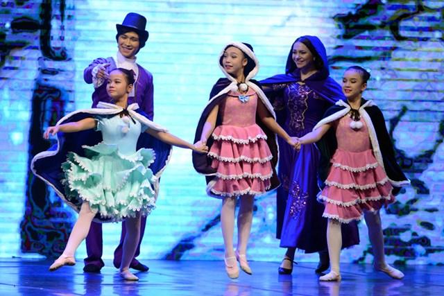 'Kẹp hạt dẻ' công diễn tại Nhà hát Lớn