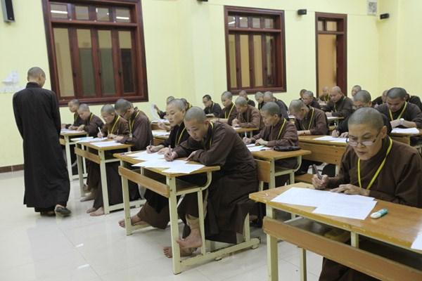 [ẢNH] Một ngày ở Học viện Phật giáo Việt Nam - 2