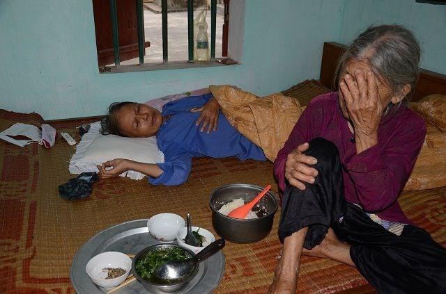 Cụ bà tuổi 90 'thèm' một bữa cơm có thịt trước khi nhắm mắt, nghe mà nhói lòng! - 5