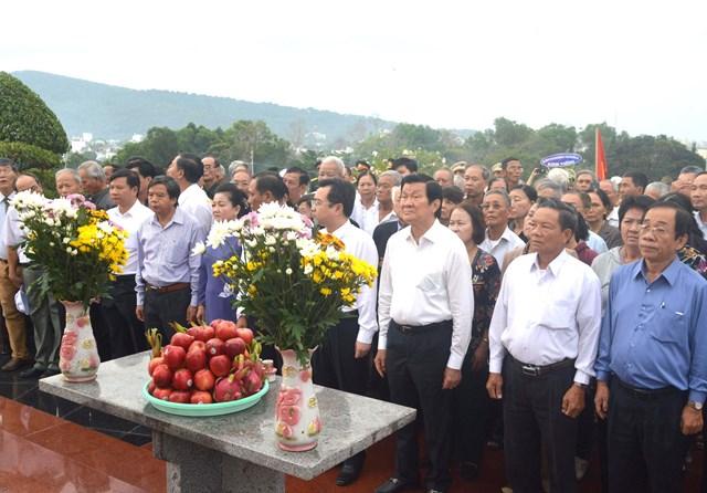 Hơn 1.200 cựu tù Phú Quốc trở về nhà tù xưa - 1