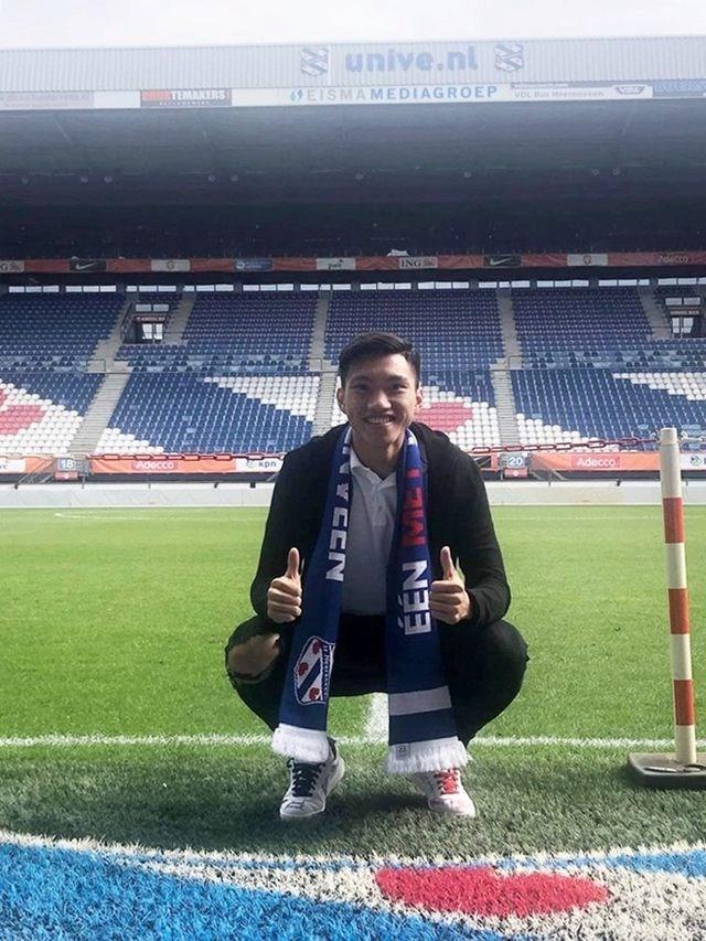 Văn Hậu tươi tắn, chuẩn bị ký hợp đồng với Heerenveen - 1