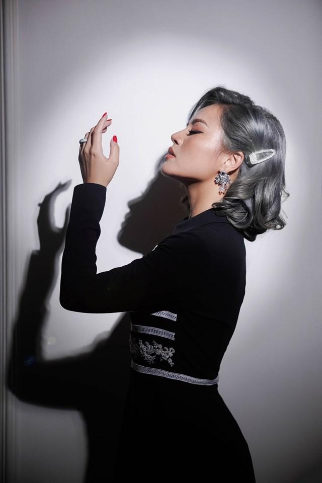 Hậu 'Về nhà đi con', Thu Quỳnh 'lột xác' với thời trang đương đại