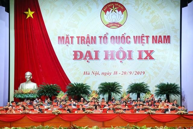 Đại hội đại biểu toàn quốc MTTQ Việt Nam lần thứ IX tiếp tục thảo luận một số nội dung quan trọng