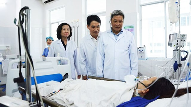 Vụ 2 sản phụ tử vong và 1 sản phụ nguy kịch: Đoàn công tác Bộ Y tế làm việc tại Đà Nẵng