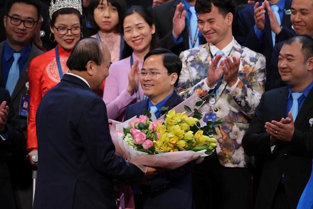 Thủ tướng và nhiều Bộ trưởng đối thoại với thanh niên - 2