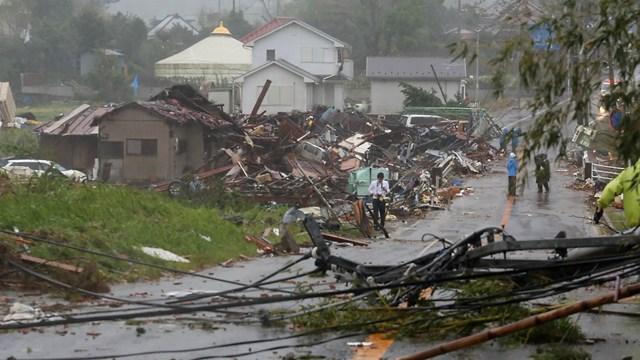 Siêu bão Hagibis đổ bộ vào Nhật Bản: 10 người chết, 140 người bị thương
