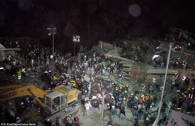Hình ảnh lần đầu công bố về hiện trường thảm khốc vụ khủng bố 11/9 - 4