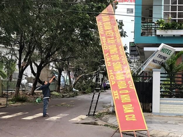 Bình Định, Phú Yên thiệt hại nặng do bão số 5 - 3