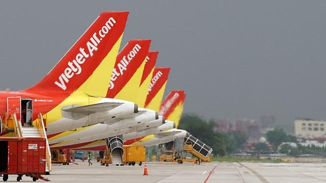 Vietjet yêu cầu khách hàng sử dụng khẩu trang trên chuyến bay, nhà ga