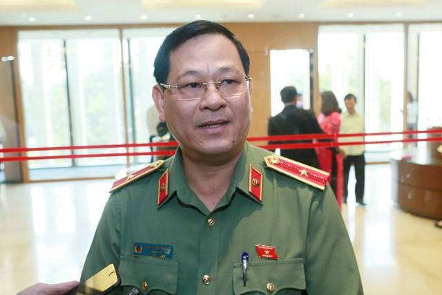 Thiếu tướng Nguyễn Hữu Cầu: Không để người dân bị lôi kéo vào di cư bất hợp pháp