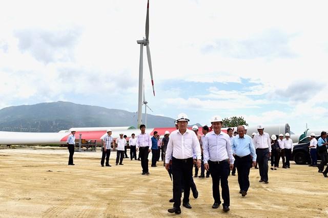 Tranh thủ thời cơ, đưa Ninh Thuận thành trung tâm năng lượng tái tạo - 1