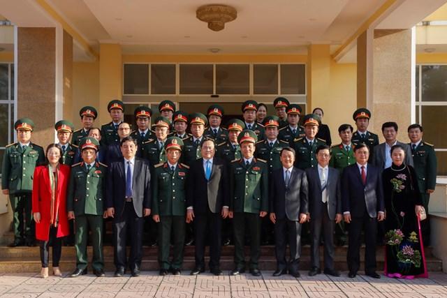Bảo vệ vững chắc chủ quyền ở các địa bàn chiến lược - 7