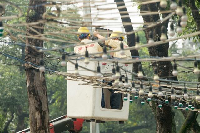 VS.GS.TSKH Trần Đình Long: Giá điện tính trên đầu người mới đảm bảo công bằng