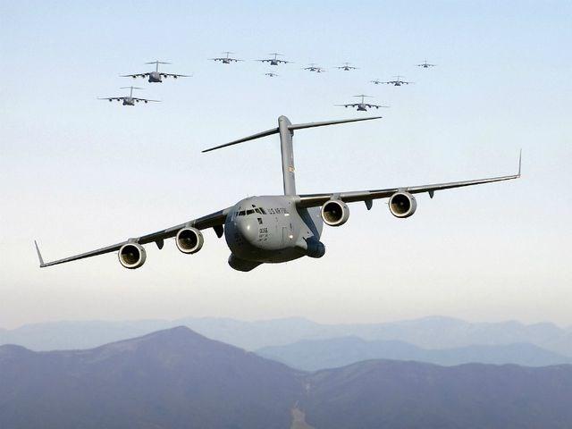 [ẢNH] 10 máy bay quân sự đắt giá nhất thế giới - 3