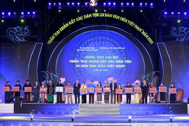BẢN TIN MẶT TRẬN: Khai mạc 'Tuần Đại đoàn kết các dân tộc - Di sản văn hóa Việt Nam' năm 2019