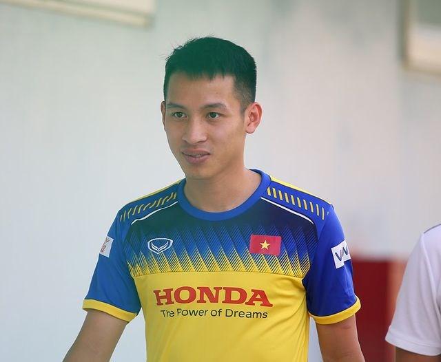 HLV Park Hang Seo sẽ chọn cầu thủ trên 22 tuổi nào dự SEA Games 30? - 1