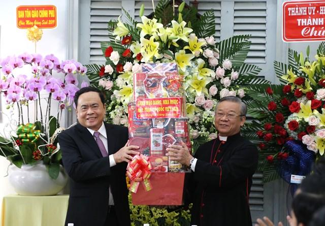 Đồng bào Công giáo tham gia tích cực các phong trào do Mặt trận phát động - 1