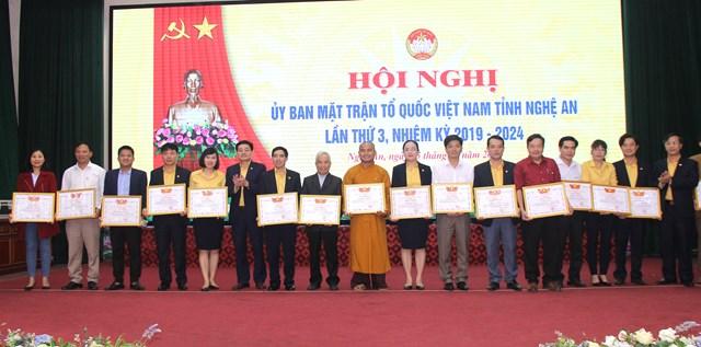 Ủy ban MTTQ Việt Nam tỉnh Nghệ An tổ chức hội nghị lần thứ 3 - 1