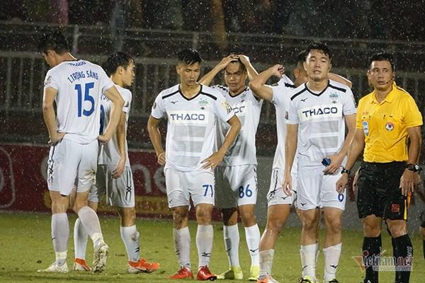 Vòng 23 V-League: Báo động đỏ nhóm cuối
