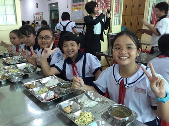 Hà Nội siết an toàn thực phẩm học đường