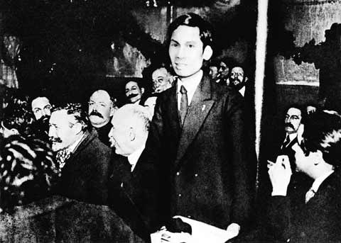 Bác Hồ và 100 năm Đảng Cộng sản Pháp