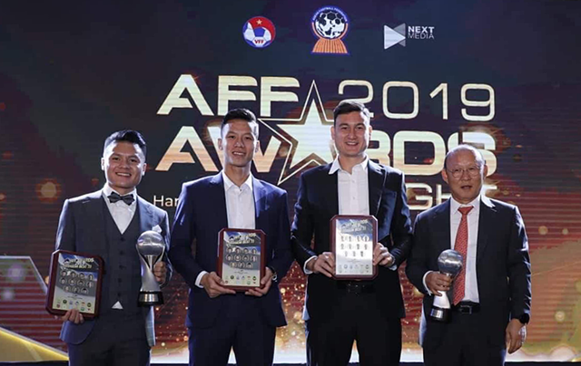 HLV Park Hang Seo nhận giải AFF Awards 2019: Cảm ơn nhân dân Việt Nam