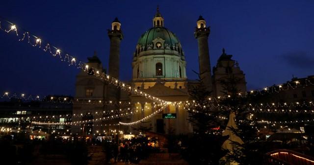 [ẢNH] Chiêm ngưỡng thủ đô các nước lộng lẫy đón Giáng sinh - 8