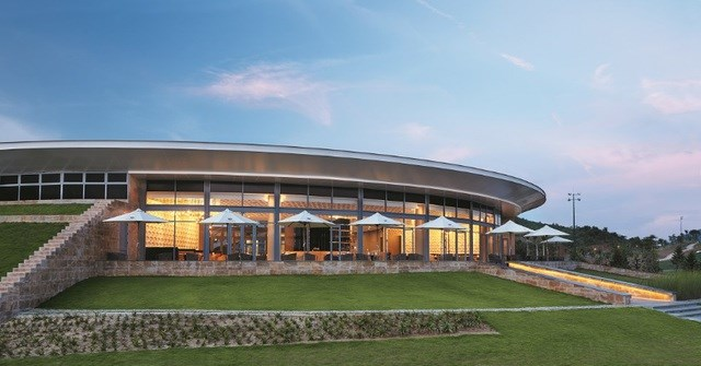 Ba Na Hills Golf Club được vinh danh 'Sân golf tốt nhất châu Á' ba năm liên tiếp - 2