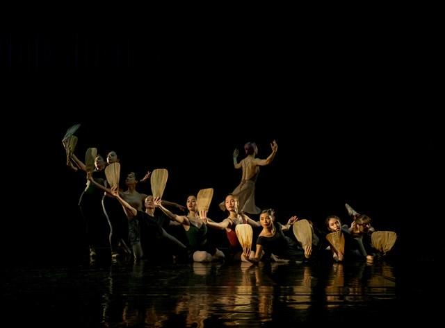 Kể Truyện Kiều bằng ngôn ngữ Ballet - 1