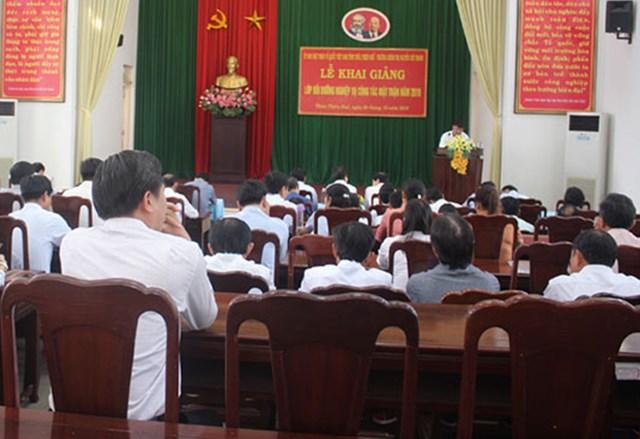 Thừa Thiên - Huế: Khai giảng lớp bồi dưỡng nghiệp vụ công tác Mặt trận năm 2019