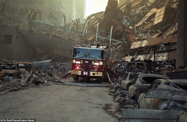 Hình ảnh lần đầu công bố về hiện trường thảm khốc vụ khủng bố 11/9 - 6