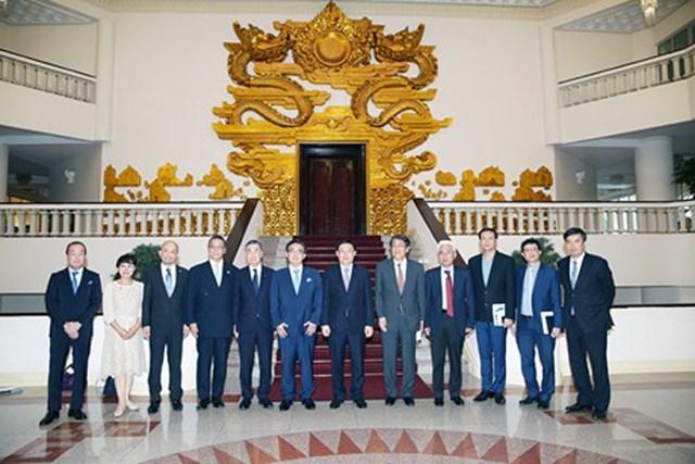 Nhật Bản muốn đầu tư đường cao tốc tại Việt Nam - 1