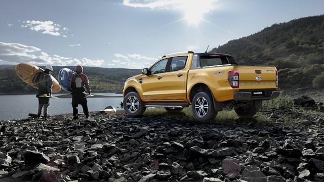 Ford ra mắt xe Ranger Limited giá 799 triệu đồng - 1