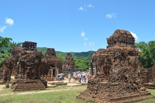 Quảng Nam: Hơn 3 triệu lượt khách du lịch lưu trú trong 10 tháng đầu năm