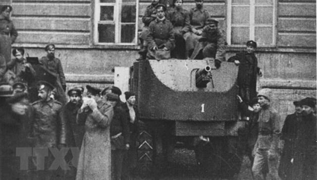 [ẢNH] Cách mạng Tháng Mười Nga - mốc mới trong lịch sử của nhân loại - 16