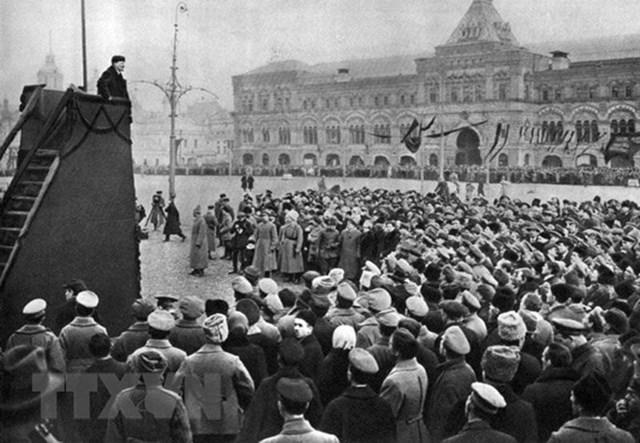 [ẢNH] Cách mạng Tháng Mười Nga - mốc mới trong lịch sử của nhân loại - 28