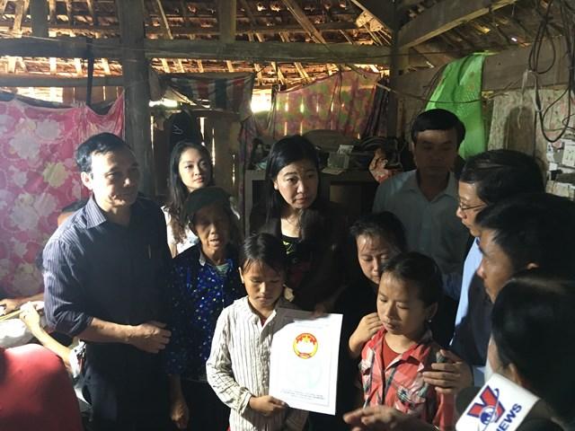 Mặt trận Hà Nội hỗ trợ đồng bào vùng bão lũ tỉnh Tuyên Quang - 1
