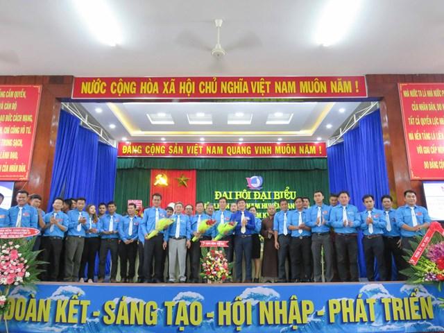 Khánh Hòa: Đại hội Hội LHTN Việt Nam huyện Vạn Ninh lần thứ VII