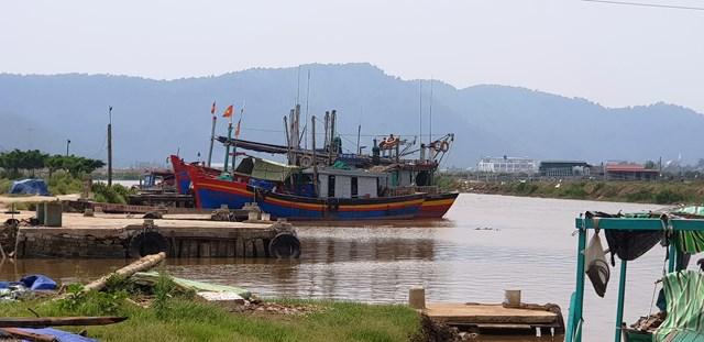 Thanh Hóa: Ai tạo điều kiện cho cầu cảng hoạt động trái phép?