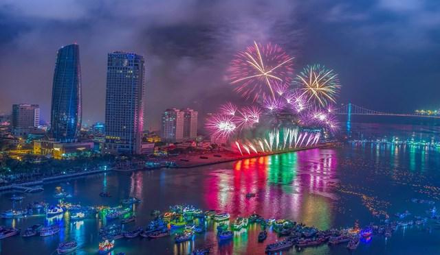 Nghệ sỹ hot nào sẽ biểu diễn trong các đêm pháo hoa Đà Nẵng?