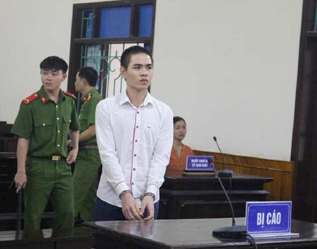 Lãnh án chung thân vì đâm chết bạn tù